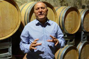 Pierre Desprat à la cave de Saint-Verny en AOC côtes-d'Auvergne